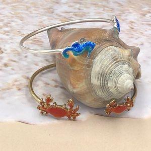🌼3/$30🌼 Red Crab Seahorse Enamel Cuff Bracelet